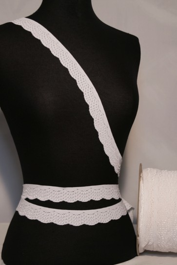 White Scalloped Lace Trimming SY77 WHT