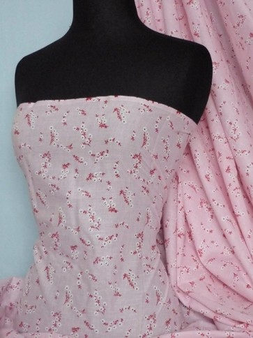 Pink Clair Ditsy Floral 100% Cotton Poplin Fabric Q625 PN