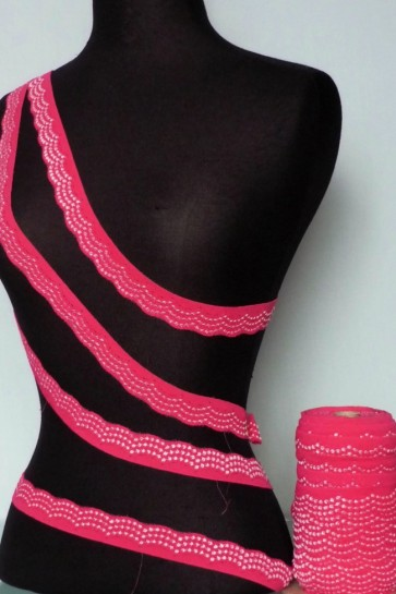 Hot Pink Scalloped Lace Trimming SY80 HPN
