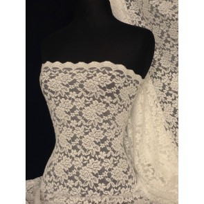 Cream Scalloped 4 Way Stretch Rose Design Lace Q723 CRM