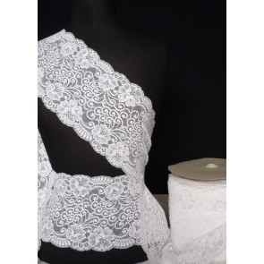 White flower swirl design wide lace trimming SY10